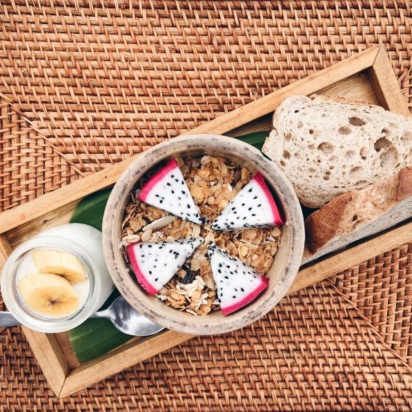 Breakfast in Mango Bay